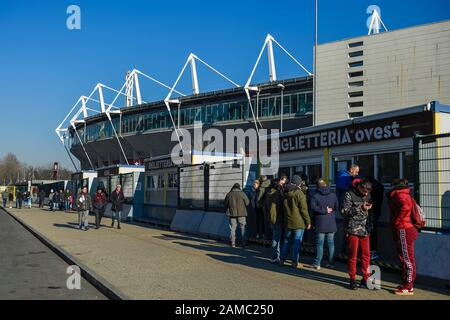 Turin, Italy - 12 January, 2020: People are queuing to buy a ticket outside the stadio Olimpico Grande Torino prior to the Serie A football match between Torino FC and Bologna FC. Torino FC won 1-0 over Bologna FC. Credit: Nicolò Campo/Alamy Live News - Stock Photo