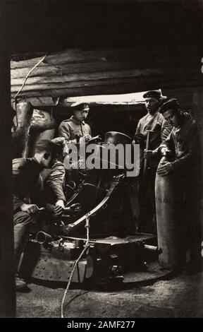25 cm heavy mine thrower (heavy mortar).  The development of the heavy mine thrower was influenced by events in the Russo-Japanese War (1904 - 05), pa - Stock Photo