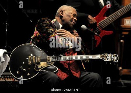 Milan Italy 09/06/2010  live concert of B.B.King at the Arcimboldi Theater - Stock Photo