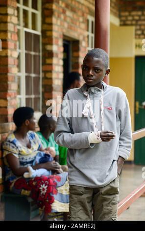RWANDA, Butare, health center Gikonko / RUANDA, Butare, Institut Saint Boniface, Krankenstation Gikonko - Stock Photo