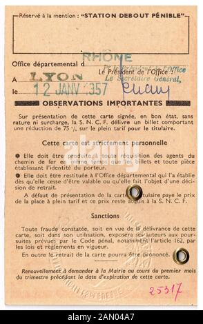 Post WWI disability card, Lyon, France - Stock Photo