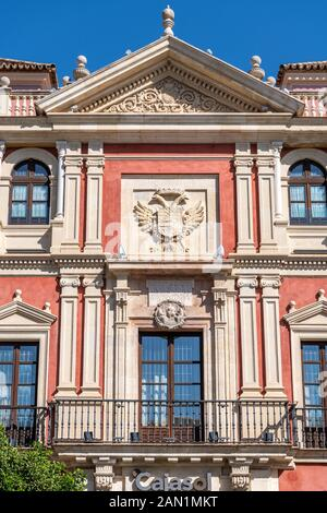 Alonso de Vandelvira's 16th century Classical facade for the palace of the Tribunal of the Audience. Now a museum and HQ of the Foundation Cajasol. - Stock Photo