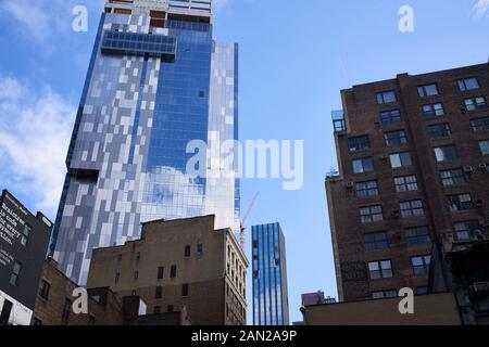 High-rise under construction in New York City. - Stock Photo