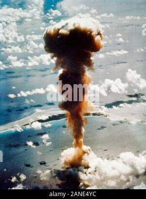 Operation Crossroads explosion. Aerial view of mushroom cloud from atomic bomb Able, Bikini Atoll in the Pacific. July 1, 1946 - Stock Photo