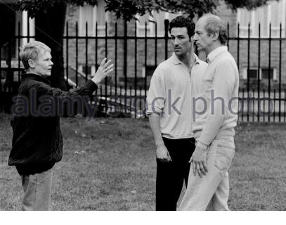Judi Dench directing rehearsals for a Theatre Play in 5/93 CREDIT Geraint Lewis - Stock Photo