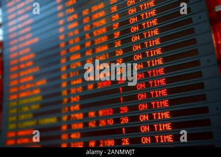 Flugverkehr, Flugplan - Departure List - Stock Photo