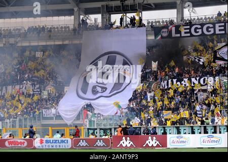 Turin Italy, 29 September 2013, 'Stadio Olimpico Grande Torino' Stadium, Campionato di Calcio Seria A 2013/2014,  FC Torino - FC Juventus: Juventus Fans before the match - Stock Photo