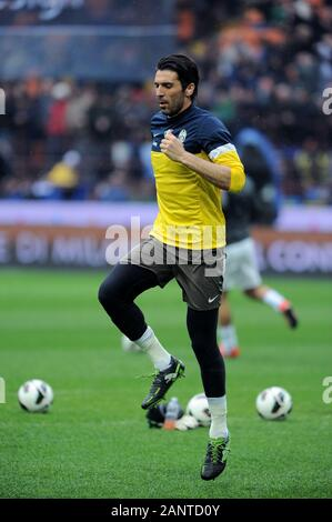 Milan  Italy, 30 March 2013, 'G.MEAZZA SAN SIRO ' Stadium, Serious Football Championship A 2012/2013, FC Inter - FC Juventus: Gianluigi Buffon in action during the match - Stock Photo