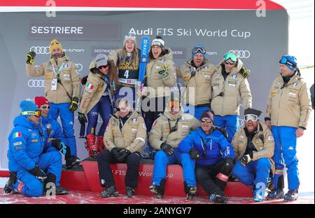 Sestriere, Italy. 19th Jan, 2020. team Italy during SKI World Cup - Parallel Giant Slalom Women, Ski in Sestriere, Italy, January 19 2020 Credit: Independent Photo Agency/Alamy Live News - Stock Photo
