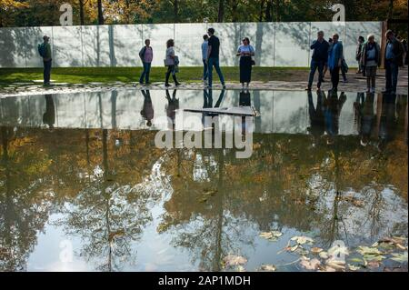 Memorial to the Sinti and Roma Victims of National Socialism. Berlin stock travel photographs. - Stock Photo