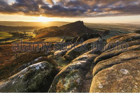 Peak District National Park, Staffordshire, UK. 20th Jan, 2020. Landscape photographer John Finney captured the Roaches at dawn on Monday (20 Jan), near Peak District National Park, Staffordshire in the Peak District National park. The Roaches is a prominent rocky ridge above Peak District National Park, Staffordshire and Tittesworth Reservoir in the Peak District of England in Staffordshire. UK. Where: Peak District National Park, Staffordshire, Staffordshire, United Kingdom When: 20 Jan 2020 Credit: John Finney/Cover Images **Editorial Use Only. No stock, books, advertising or merchandising  - Stock Photo