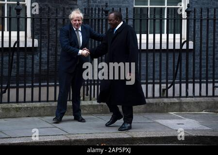 London, UK. 21st Jan, 2020. Prime Minister Boris Johnson greets President of Kenya Uhuru Kenyatta in Downing Street. Credit: claire doherty/Alamy Live News - Stock Photo