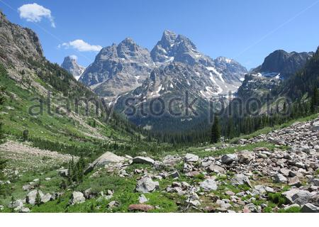 Hiking from lake Solitude to Inspiration Point in Grand Teton National Park, Wyoming, USA - Stock Photo