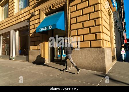 A branch of JPMorgan Chase bank in New York on Monday, January 20, 2020. (© Richard B. Levine) - Stock Photo