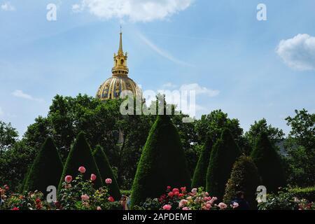 Tombeau de Napoléon from the garden of Musée Rodin, Paris France - Stock Photo