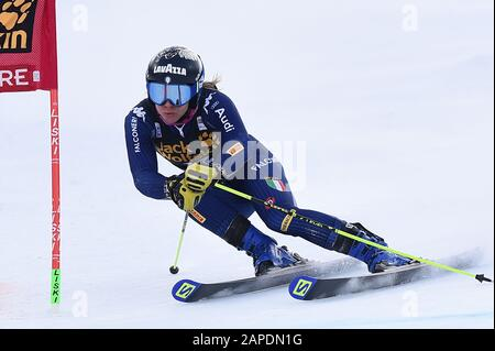 Sestriere, Italy. 19th Jan, 2020. Sestriere, Italy, 19 Jan 2020, marsaglia francesca (ita) during SKY World Cup - Parallel Giant Slalom Women - Ski - Credit: LM/Danilo Vigo Credit: Danilo Vigo/LPS/ZUMA Wire/Alamy Live News - Stock Photo