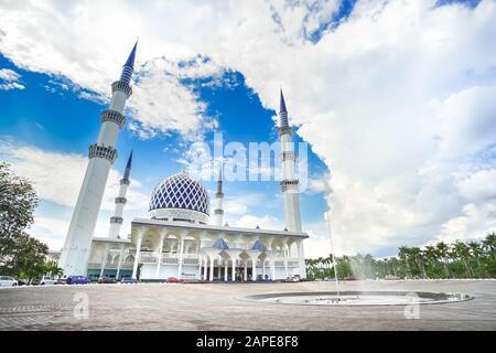 The famous Blue Mosque named Masjid Sultan Salahuddin Abdul Aziz Shah in Shah Alam Selangor, Kuala Lumpur, Malaysia. Stock Photo