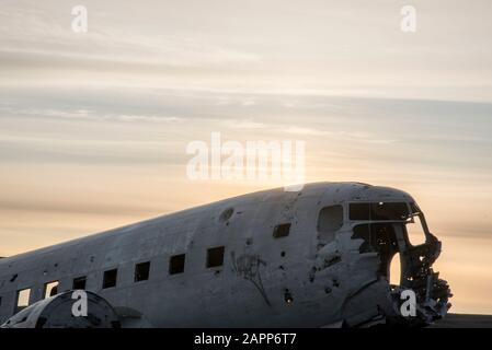DC-3 US Navy Plane Crash Wreckage Site in Vik, Iceland It's one of Iceland's most iconic & haunting photography locations. On Saturday Nov 24, 1973. - Stock Photo