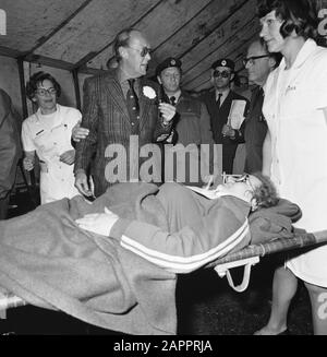 Prins Bernhard at rescue of KNBRD on Veluwemeer Prince Bernhard at wounded Date: 14 May 1977 Location: Veluwemeer Keywords: princes Personal name: Bernhard, prince - Stock Photo