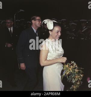 princess dagriet en pieter van vollenhove in marriage Date: undated Personal name: Margriet, princess, Vollenhoven, Pieter van - Stock Photo