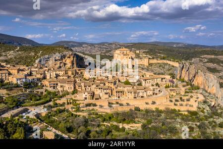Village of Alquezar in Sierra de Guara in the Spanish Pyrenees near Huesca, Aragon, Spain - Stock Photo