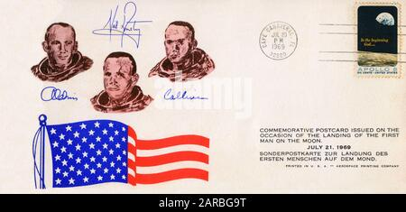 First Day Cover Commemorating the Moon Landing on July 20, 1969. Armstrong walked on the surface on July 21.     Date: 1969 - Stock Photo