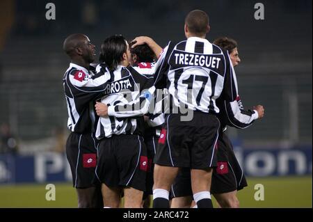 Turin Italy ,12 March  2003, 'Delle Alpi' Stadium, UEFA Champions League 2002/2003, FC Juventus- RC Deportivo la Coruna: Juventus players celebrate Ciro Ferrara's goal - Stock Photo