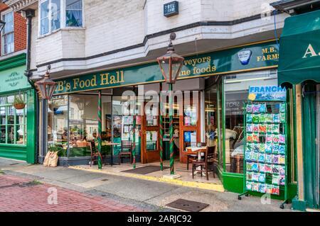 MB's Food Hall in Faversham, Kent. - Stock Photo