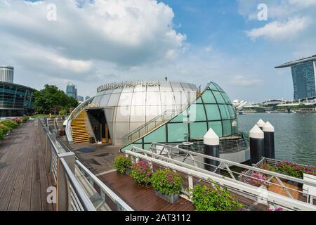 Singapore. January 2020. A view of Fullerton Pavillon in Marina Bay - Stock Photo
