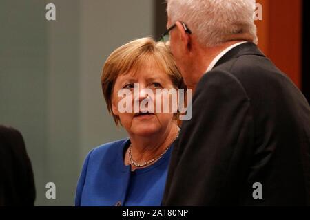 Angela Merkel u.a. - Treffen der dt. Bundeskanzlerin mit den Regierungschefs der Laender, Bundeskanzleramt, 5. Dezember 2019, Berlin/ Volodymyr Zelens - Stock Photo