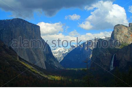 Yosemite Valley from Tunnel View in Yosemite National Park. - Stock Photo