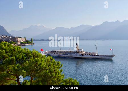 Steamer 'La Suisse', Lake Geneva, Montreux, Canton Vaud, Switzerland. - Stock Photo