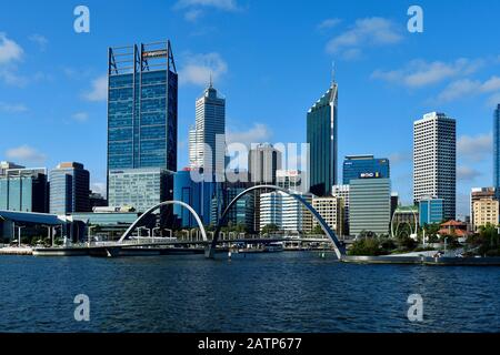 Perth, WA, Australia - November 27, 2017: Cityview to Esplanade and Elisabeth bridge on Swan river - Stock Photo
