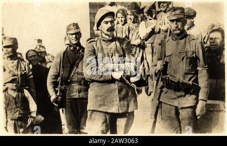 1916 , TRENTO , Trentino Alto Adige , ITALY : The italian potriot CESARE BATTISTI ( 1875 - 1916 ) , founder of socialist newspaper L' Avvenire del Lav - Stock Photo