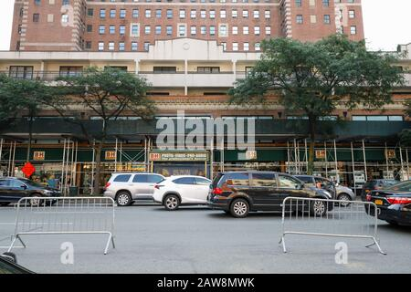 B&H camera store in New York City Stock Photo