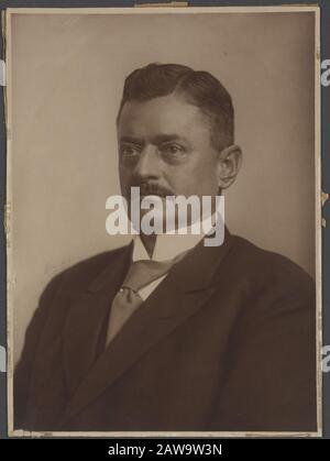 Deli Company: Group portraits and portraits description: Portrait of GH Andreae (Director 1916-1924) Annotation: Signed: A. Weinberg - Stock Photo