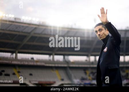Turin, Italy - 08 February, 2020: Moreno Longo, head coach of Torino FC,  gestures prior to the Serie A football match between Torino FC and UC Sampdoria. Credit: Nicolò Campo/Alamy Live News - Stock Photo