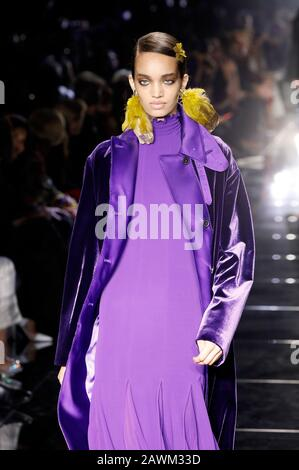 Los Angeles, USA. 07th Feb, 2020. Model at the Tom Ford Autumn/Winter 2020 Runway Show at Milk Studios. Los Angeles, February 7th, 2020 | usage worldwide Credit: dpa/Alamy Live News - Stock Photo