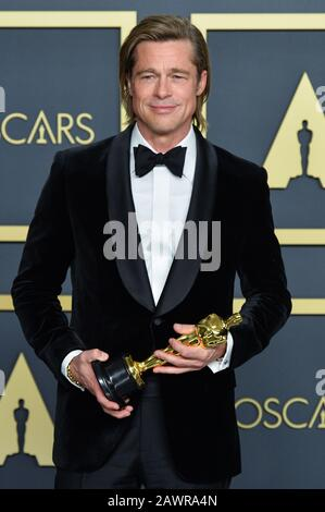 Los Angeles, USA. 09th Feb, 2020. Academy Awards - Press Room, Hollywood, California, USA. 9th Feb 2020. Brad Pitt posing in the press room at the 92nd Annual Academy Awards held at the Dolby Theatre in Hollywood, California on Feb. 9, 2020. (Photo by Anthony Behar/Sipa USA) Credit: Sipa USA/Alamy Live News - Stock Photo