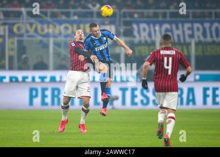 stefan de vrij (inter) and zlatan ibrahimovic (milan) during FC Internazionale vs AC Milan, Milano, Italy, 09 Feb 2020, Soccer italian Serie A soccer - Stock Photo
