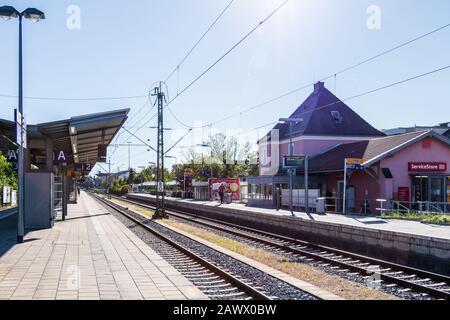 Municipal Germering, District Fürstenfeldbruck, Upper Bavaria, Germany: Panorama of Platform, Main Station and Buildings