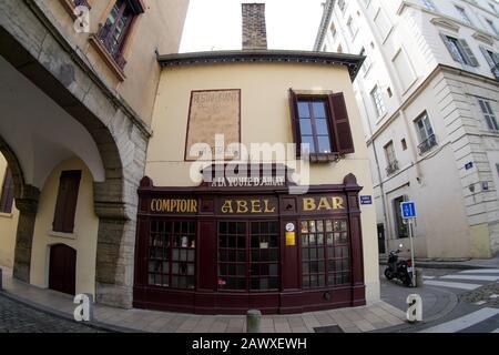 Famous Lyons gastronomic restaurant 'Chez Abel, A la Voûte d'Ainay', Ainay district, Lyon, France - Stock Photo