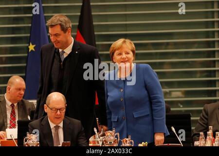 Olaf Scholz, Markus Soeder, Angela Merkel u.a. - Treffen der dt. Bundeskanzlerin mit den Regierungschefs der Laender, Bundeskanzleramt, 5. Dezember 20 - Stock Photo