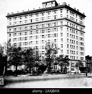 Selections from the latest work of Milburn, Heister & Co., architects . POWHATAN HOTELWashington, D. C. MiLBURN. HEISTEB & CO , Architects, WasMngton, D. G. ??>;ilC - Stock Photo