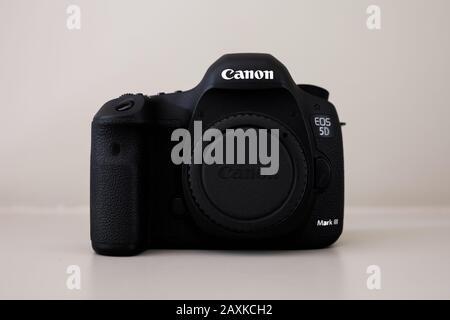Canon 5D mark III professional camera body - Stock Photo