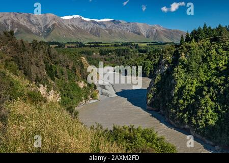 Rakaia River in Rakaia Gorge, Mount Hutt range, Southern Alps, in dist, from Arundel Rakaia Gorge Road, near Methven, South Island, New Zealand