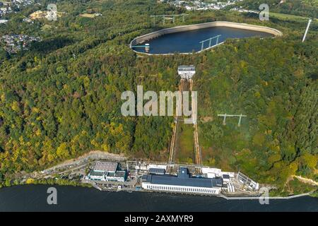 Aerial picture, Hengsteysee, in the ship angle in focus corner she goes on reorganisation, diagonal lift between sliding-sleeve house and shore should - Stock Photo