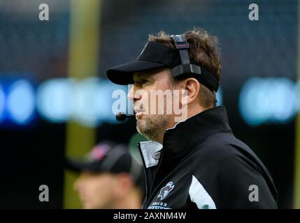 Arlington, Texas, USA. 9th Feb, 2020. Dallas Renegades head coach Bob Stoops during the 1st half of the XFL game between St. Louis Battlehawks and the Dallas Renegades at Globe Life Park in Arlington, Texas. Matthew Lynch/CSM/Alamy Live News - Stock Photo