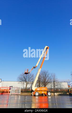 JLG 1250 AJP Ultra Boom Articulated Telescopic Boom Lift which reaches 125ft - Stock Photo