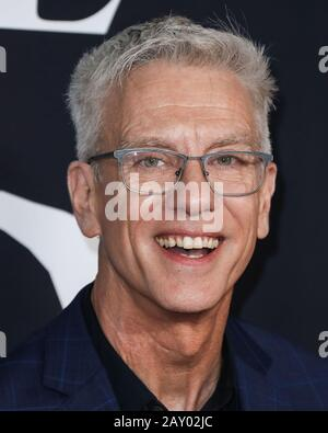 Hollywood, United States. 13th Feb, 2020. HOLLYWOOD, LOS ANGELES, CALIFORNIA, USA - FEBRUARY 13: Chris Sanders arrives at the World Premiere Of 20th Century Studios' 'The Call Of The Wild' held at the El Capitan Theatre on February 13, 2020 in Hollywood, Los Angeles, California, United States. (Photo by Xavier Collin/Image Press Agency) Credit: Image Press Agency/Alamy Live News - Stock Photo